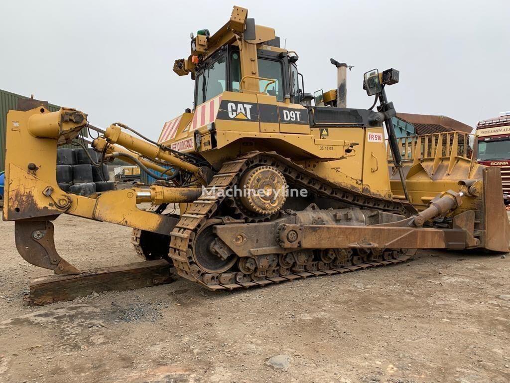 CATERPILLAR D9T bulldozer