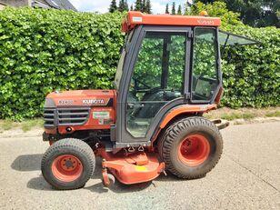 KUBOTA B2400 lawn tractor