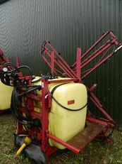 HARDI 800 mounted sprayer