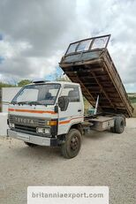 TOYOTA Dyna 300 14B 3.6 diesel left hand drive 7.5 ton dump truck