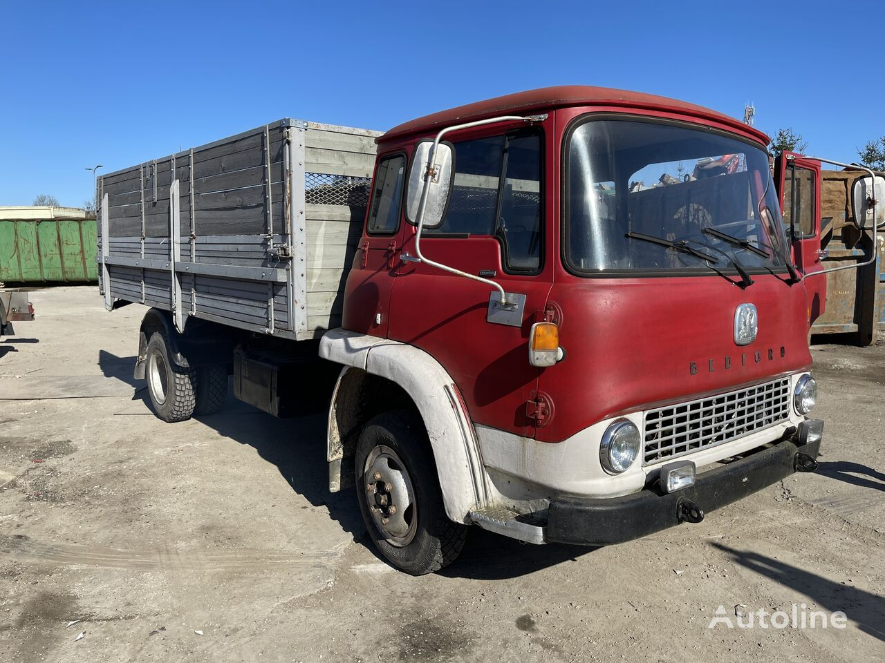 BEDFORD dump truck