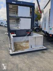 RENAULT Premium livestock truck