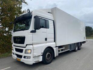 MAN TGX 26.440 Bloemen refrigerated truck