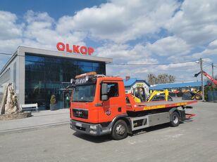 MAN 12.250 tow truck